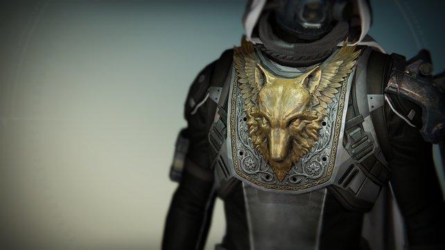 Der Jäger mit einer prunkvollen Rüstung.