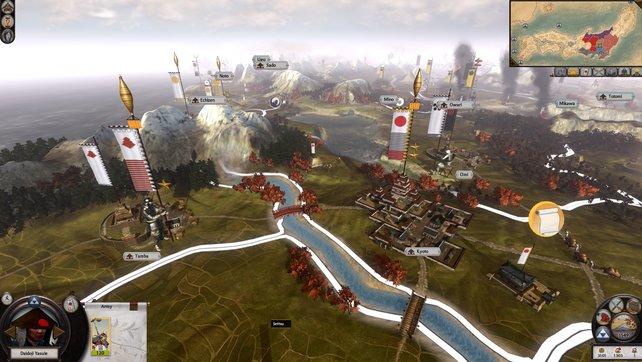 Rundenbasiert werden Truppen verschoben und Städte erobert, in Echtzeit dann jedoch Schlachten geschlagen.