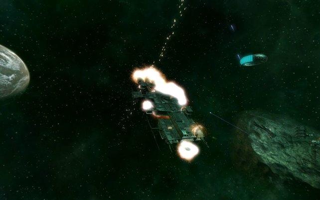 Unser Schiff ist schwer getroffen und wird in Kürze effektreich explodieren.