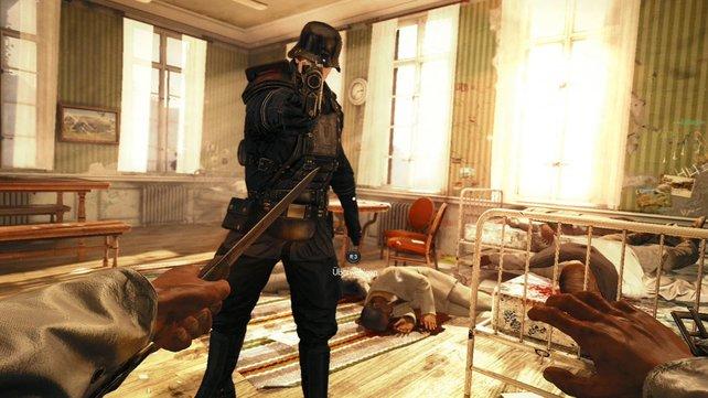 Blazkowicz verteidigt sich im Sanatorium mit einem Messer.
