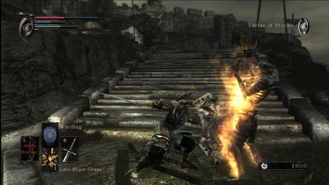 Die korrekte Mischung aus Blocks und Angriffen ist wie in Monster Hunter essentiell wichtig.