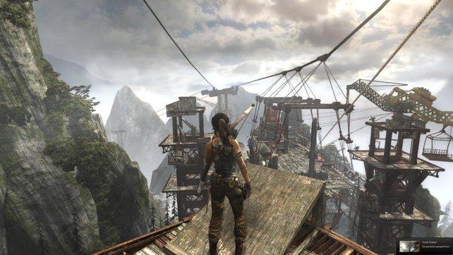 Eins der neuesten Spiele, die ihr über Steam kaufen könnt, ist Tomb Raider. Wenn euch Laras Vorgeschichte interessiert, könnte euch das Spiel gefallen.