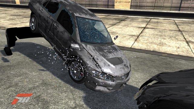 Crashtest: Jetzt auch mit zersplitternden Scheiben und Überschlägen.