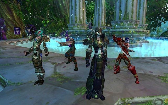 Kunterbunte Fantasy-Welten warten in World of Warcraft auf euch.