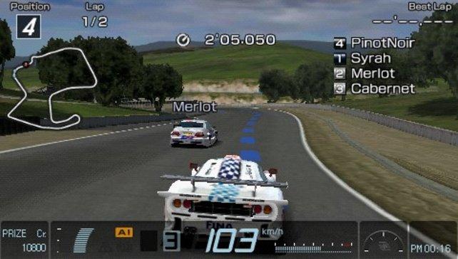 Das einzige Gran Turismo für die Hosentasche protzt mit großem Fuhrpark.