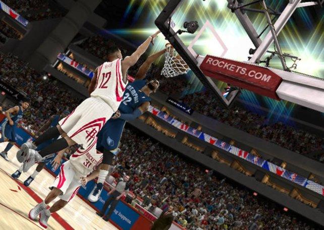 Alle Basketballer fliegen hooooch - nur die Preise fürs Spiel fallen tief.