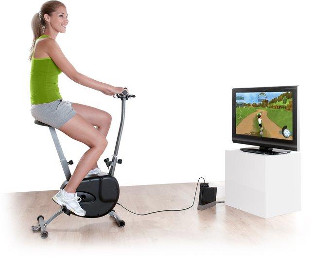 So sieht das Cyberbike aufgebaut vor eurem Fernseher aus.