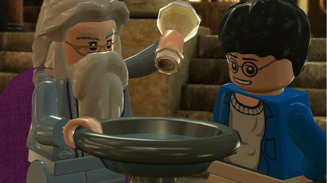 Lego-Harry und Lego-Dumbledore hecken etwas aus.