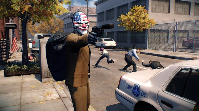 Mit der Clownsmaske ausgerüstet geht ihr in Payday 2 auf Raubzug.