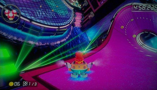 Durch eine gigantische Disco brettert ihr so selbstverständlich wie durch die archaische Heimat der Wummps.