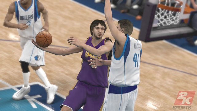 Bei näherer Betrachtung wirken die Spieler kantig, zum Beispiel an den Schultern.