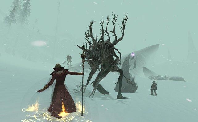 Dicke Schneeflocken und frostige Monster auf dem Weg zum Elfenkönig.