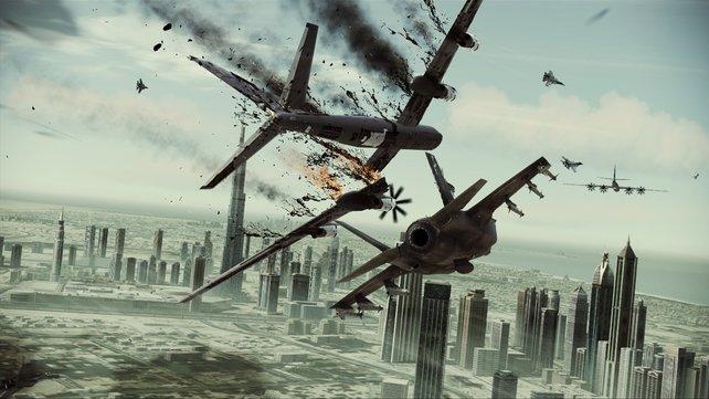 Die Luftkämpfe strotzen nur so vor Action.