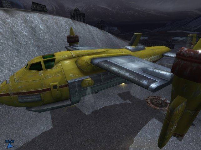 Ein beschädigtes Fahrzeug wird per Luftpost zur nächsten Werkstatt gebracht