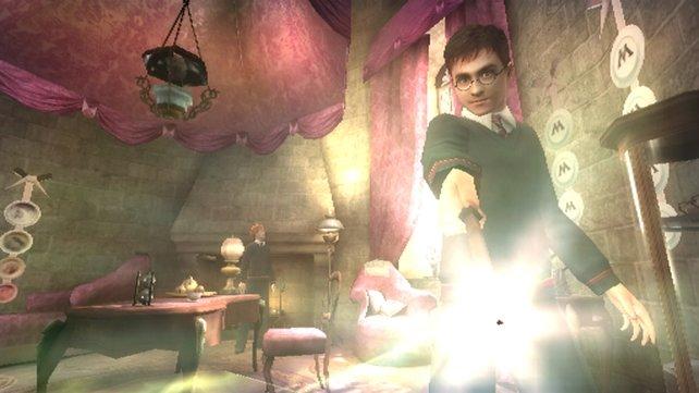 Dank der Wii-Mote verschmilzt ihr quasi mit Harry Potter.