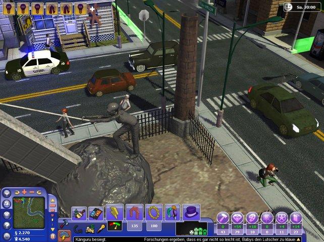 Sims und Fahrzeuge tragen zu einer dichten Atmosphäre bei.
