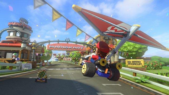 Die Fluggleiter aus dem 3DS-Ableger kehren in Mario Kart 8 zurück.