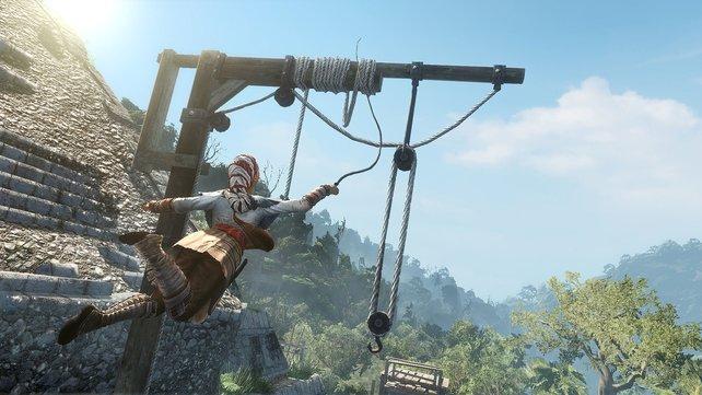 Als Sklavin ist Aveline unauffällig. Bei solch auffälligen Peitschen-Stunts hilft aber auch die Verkleidung nicht mehr.