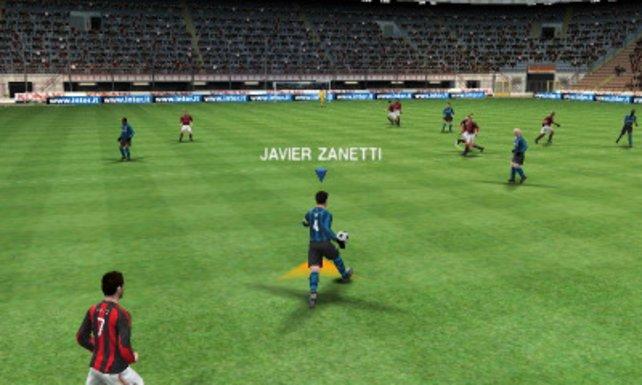 Ein Fußballspiel in 3D, ein Männertraum ist wahr geworden.