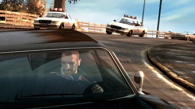 Mit der Polizei liefert ihr euch viele heiße Verfolgungsjagden.