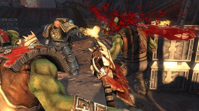 Die Warhammer-40K-Welt von THQ geizt nicht mit Pixelblut.