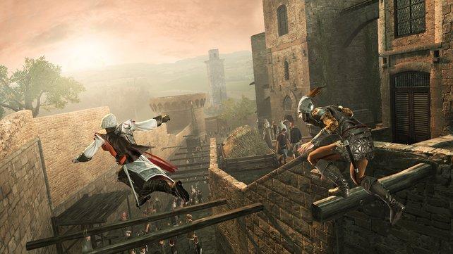 Wilde Hetzjagd: Über den Dächern von San Gimignano werden wir von den Wachen gestellt.