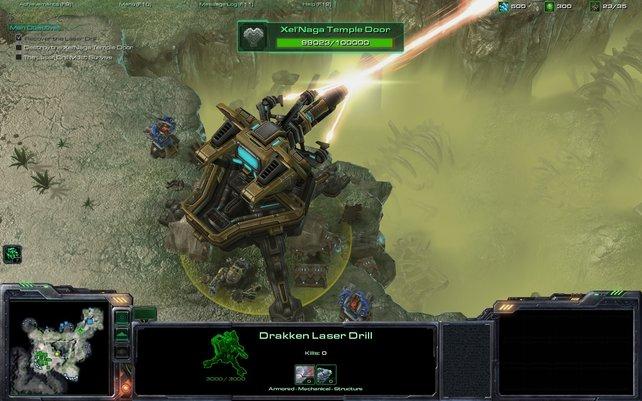 Mit diesem gigantischen Laser brutzelt ihr anrückende Feinde, indem ihr ihn manuell ausrichtet.