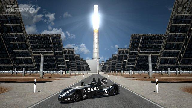 Ein Schnappschuss: Der Delta Wing vor dem spanischen Solarkraftwerk Gemasolar.