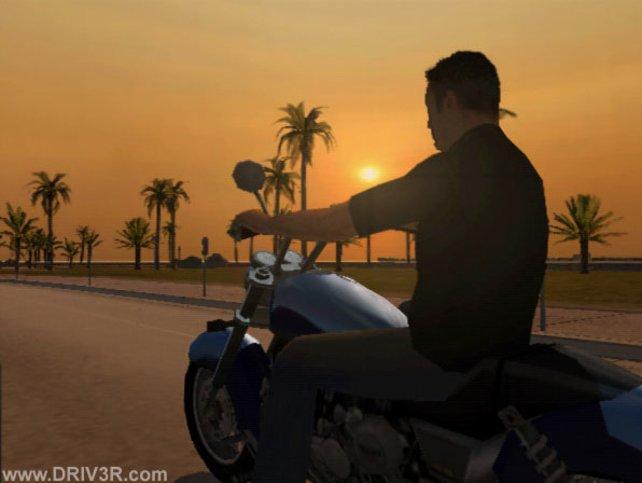 Mit einem Motorrad in den Sonnenuntergang von Miami - Tommy Vercetti lässt grüßen