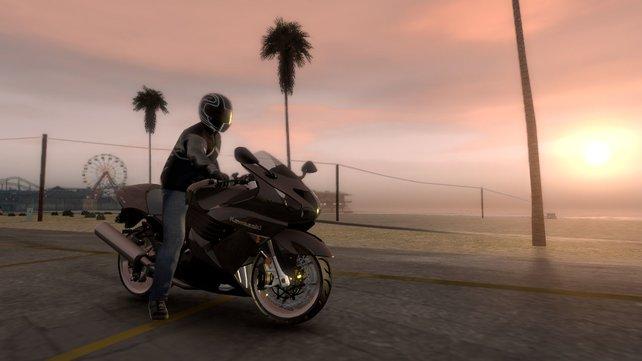 Im Fuhrpark warten auch drei Motorräder darauf, über die Strandpromenade von L.A. geritten zu werden.