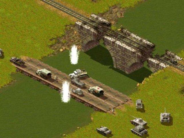Eine im Bau befindliche Pontonbrücke
