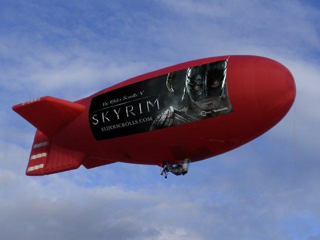 Für diesen Zeppelin verschenken wir einen Rundflug.