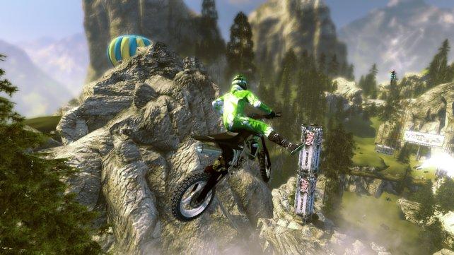 Das Motorrad oder Quad-Bike lässt sich auch in der Luft steuern.