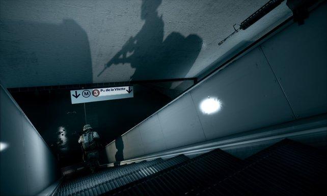 Hier gehts runter in die Pariser U-Bahn-Station.