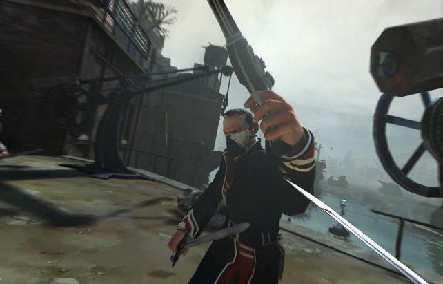 In der Ego-Perspektive wird Dishonored gespielt. Hier greift ihr mit einem Schwert an.