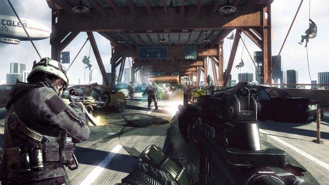 Chinesische PC-Spieler duellieren sich bereits bei Call of Duty Online.