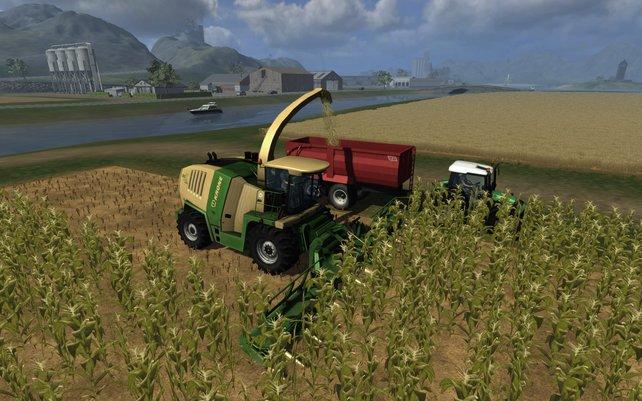 Mit schwerem Gerät durch die Felder - das ist moderne Landwirtschaft.