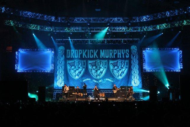 Für die stimmungsvolle Abendunterhaltung sorgten Dropkick Murphys und Kanye West.