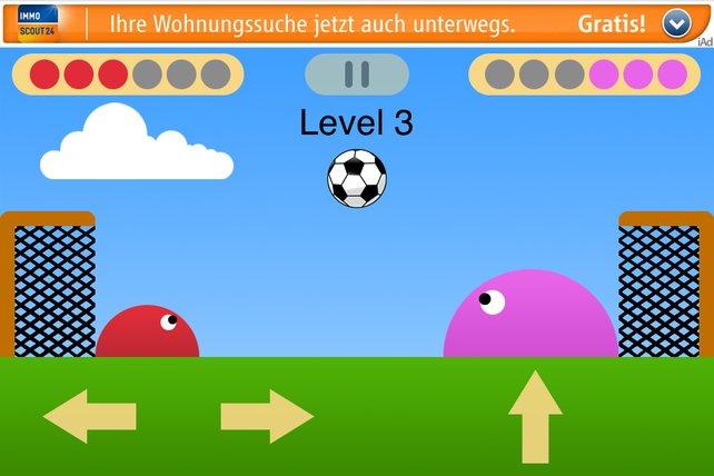 SoccerSlime: Ein rosa Riese als Gegner.