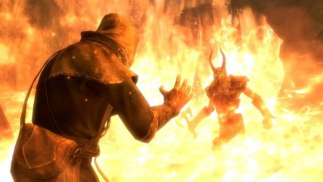 Ihr könnt einen Zauber in beide Hände ausrüsten. Mit dem Flammen-Zauber wirkt das wahre Wunder.