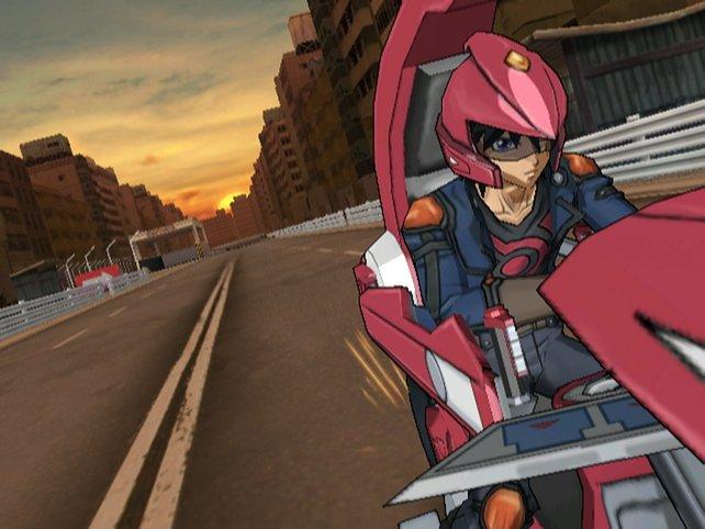 Das typische Bild: Der einsame, pinke Motorradfahrer verschwindet gen Horizont.