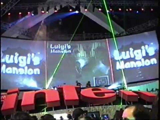 Das waren noch Zeiten: Auf der E3 2001 fährt Nintendo schwere Geschütze auf und präsentiert die Spiele, die den Gamecube, wie der Dolphin nun heißen soll, am Starttag begleiten - allen voran das Adventure Luigi's Mansion, Luigis zweite Hauptrolle nach Mario is Missing!