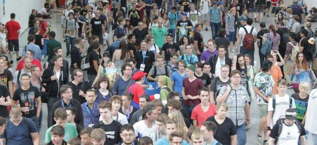 Die Massen wollen nach der Messe doch bestimmt irgendwo noch feiern gehen.