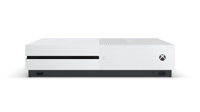 Vorteil Xbox: Das S-Modell verträgt sich auch mit UHD-Blu-rays.