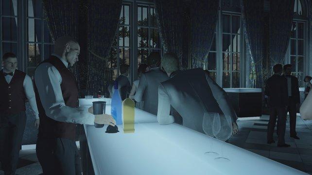 Agent 47 macht sich gut als Barkeeper