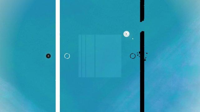 Rechts prima zu sehen: Wenn die weiße Kugel einen schwarzen Strahl durchquert, wird dieser für kurze Zeit unterbrochen.