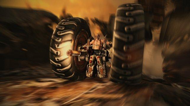 Nicht nur Needles, auch Axel hat einen mächtigen Knall: Der Gute spannt sich kurzerhand zwischen zwei LKW-Reifen.