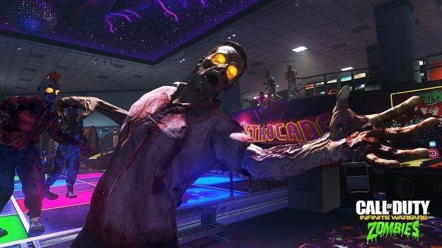 """Als Szenario für den """"Zombies""""-Koop-Modus wählen die Macher einen 80er-Jahre Freizeitpark. Im Hintergrund gut zu erkennen: eine Tanzfläche samt Discokugel."""