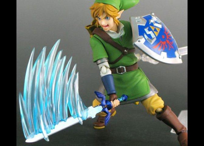 Ihr seht Link, den bekannten Helden aus der Zelda-Reihe als dynamische Actionfigur.