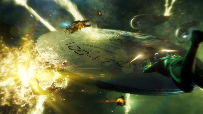 Weltraum, Explosionen und ein rundes Raumschiff - das muss Star Trek sein.
